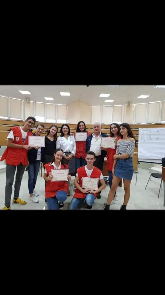 Konkursi për vlerat humanitare në rang kombëtar, rinia dhe Kryqi i Kuq.